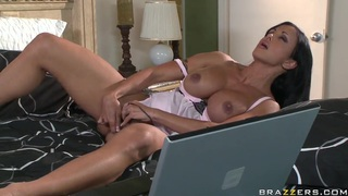 Lucky boy was playing baseball and got in juicy pussy of gorgeous brunette Thumbnail
