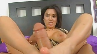Sienna gave a nice footjob until he cums