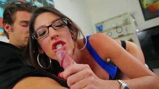Stepmom love giving head before work Thumbnail