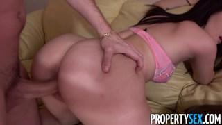 Real estate broker fucking to keep her job Thumbnail